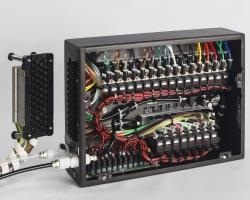 פאנל הפעלה פניאומאטי 48 ערוצים למכונת בקרת איכות בחדר נקי